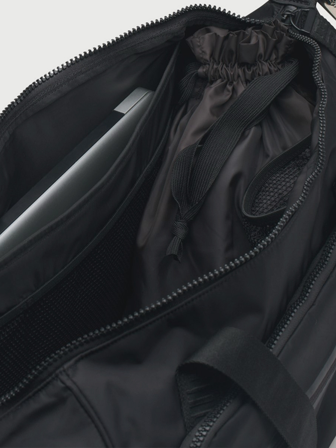 Taška Under Armour Essentials Duffel (3)