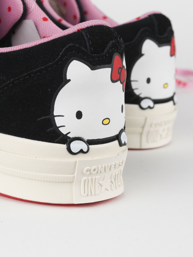 Topánky Converse One Star X Hello Kitty (5)